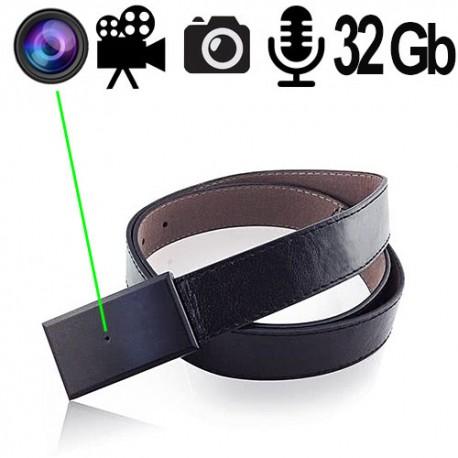 HD-Mini SpyCam in Gürtelschnalle. Aktivieren Sie die Kamera – und los geht's!